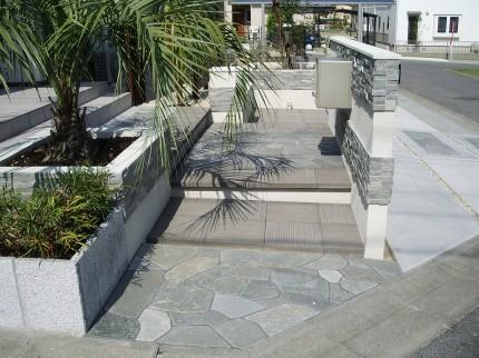 雑草対策 石材 石貼り お庭づくり APOA 三重県津市