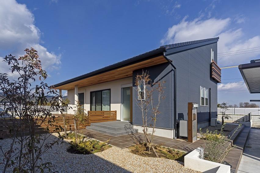 ECO住宅 ZEHの家 片流れ屋根 APOA三重