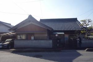 三重県津市の新築平屋住宅建築前の既存住宅