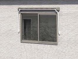 オーニング 小窓用 閉じた状態 APOA 三重県津市