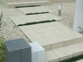 雑草対策 タイル お庭づくり APOA 三重県津市