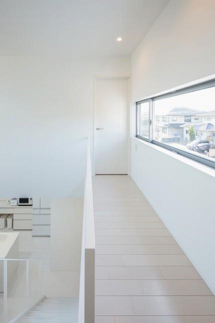 apoa,アポア,新築,亀山市,2階,廊下,白い床